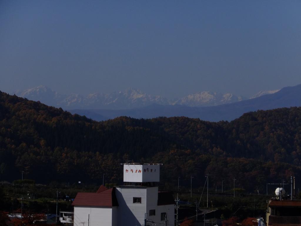 冠雪の北アルプス北部  2016.11.13 湯田中温泉