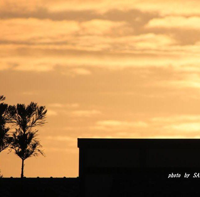 薄い色の朝焼け 2014.10.24