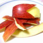 りんごの皮には栄養あるけど残留農薬心配、洗えばとれる?表面のベトベトは?