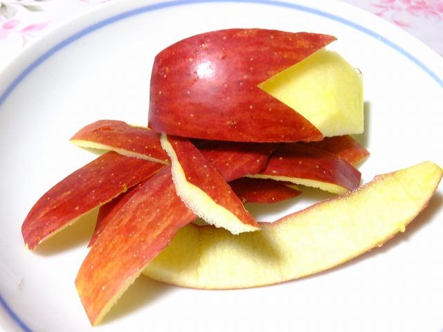 うさぎリンゴと皮