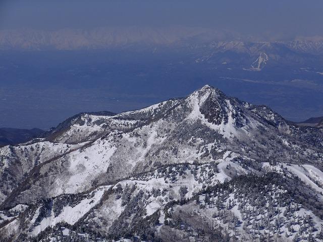 笠ヶ岳のバックには北アルプスが見えるハズだけど・・・・ 2020.2.24