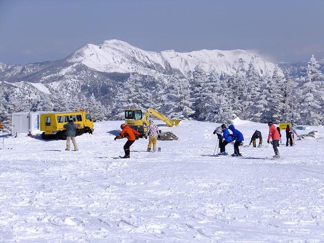 横手山山頂広場から岩菅山 2020.2.24