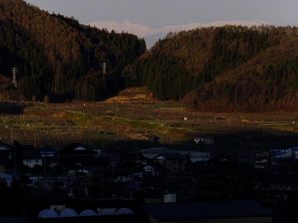 夜と朝の境 南側の景色 2020.4.24 5:41